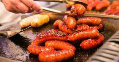Hungarikum: Debreceni páros kolbász Hungarian Recipes, Hungarian Food, Paros, Hot Dogs, Wines, Sausage, Meat, Hungary, Ethnic Recipes