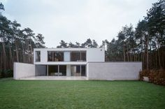 dc residence - Waasmunster Minimal Architecture, Contemporary Architecture, Lovely Things, Cool Things To Buy, Vincent Van Duysen, Van Damme, Facades, Home Projects, Minimalism