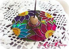 MANDALA INCENSÁRIO FLORES...   Incensário em cd reciclado, c…   Flickr