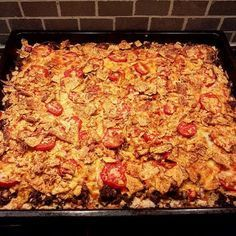 Lottas tacopaj i långpanna Minced Meat Dishes, Minced Meat Recipe, Beef Dishes, Meat Recipes, Snack Recipes, Recipies, Food For The Gods, Ground Beef Recipes For Dinner, Swedish Recipes