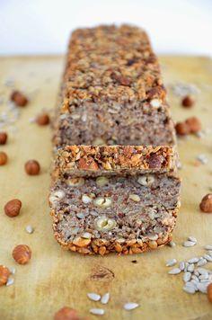 Brot backen ohne Mehl - mit Flohsamenschalen und anderen Körnern und Nüssen / Life Changing Bread