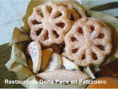 Cesta de Buñuelos y Galletas hechas en Casa en Restaurante Doña Paca en Pátzcuaro