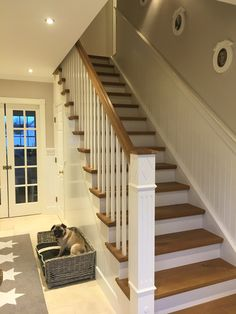 George l staircase: hallway & plank from the white house american dream homes gmbh Here you can find photos of interior design ideas. The post George l stairs: corridor & diele from the white house american dream homes gmbh appeared f Stairway Decorating, Escalier Design, Modern Stairs, American Houses, European Home Decor, House Stairs, Staircase Design, White Houses, Design Case