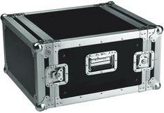Flightcase formato rack de 19  Ref. 7007006  Fabricado en Plywood de 9mm con una cubierta plástica de color negra.   Sección de aluminio de 35x35.   Perfil de rack delantero y trasero.   2 asas, 4 cierres de mariposa.   520mm de profundidad.   Medidas exteriores: 527 x 700 x 299 mm.   Peso: 12,5 kg.