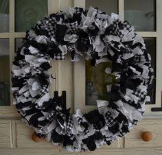 Fabric Wreath-Black, White, Buffalo check-Rag Wreath-Farmhouse wreath-Door wreath-Door hanging-Rustic farmhouse-Primitive decor-Black/White by mspjs on Etsy Buffalo Plaid Fabric, Buffalo Check Fabric, Wreath Crafts, Burlap Wreath, Wreath Ideas, Felt Crafts, Diy Crafts, Fabric Wreath Tutorial, Rustic Farmhouse Decor