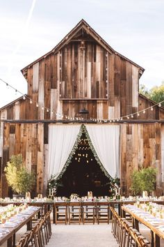 Rustic barn wedding venue: Photography: Anna Delores Photography - annadelores.com   Read More on SMP: http://www.stylemepretty.com/2017/03/24/a-modern-ranch-wedding-with-a-nothing-stuffy-rule/