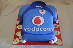 Blue bulls cake Rugby Cake, Creative Cakes, Fondant Cakes, Themed Cakes, Kos, Birthday Cakes, Icing, Food Ideas, Projects To Try