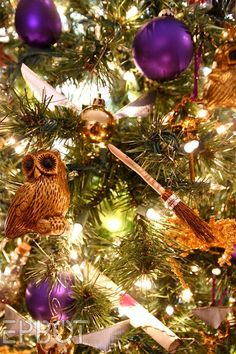 Harry Potter Christmas Tree http://geekxgirls.com/article.php?ID=3874