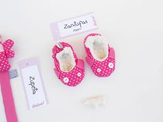 Baby girl crib shoes  Pink pram shoes  baby girl cotton by Zezling