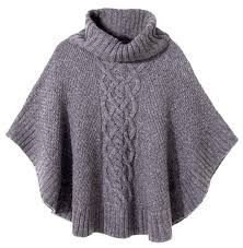 Harris Sisters GirlTalk: Top 10 Wardrobe Basics for the Fall - New In Tops Knit Shrug, Knitted Cape, Crochet Poncho, Knitted Shawls, Knit Cowl, Cable Knit, Poncho Knitting Patterns, Hand Knitting, Poncho With Sleeves