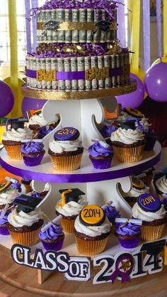 Graduation cupcakes!!!