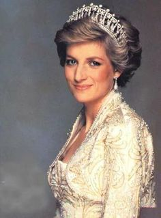 She really was very pretty. She was a spark that lit up the Royal Family with such style. The Princess Diana memorial service was held in London this week to commemorate the 10 year anniversary of …
