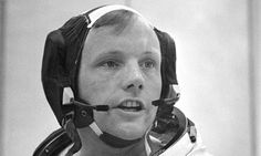 In 1969 astronaut Neil Alden Armstrong was the first person to walk on the Moon. He was also an aerospace engineer, U. Navy pilot, test pilot, and university professor. Neil Armstrong, Aerospace Engineering, Mechanical Engineering, Voice Of America, Turn Blue, University Professor, Famous Photos, Apollo 11, Flat Earth