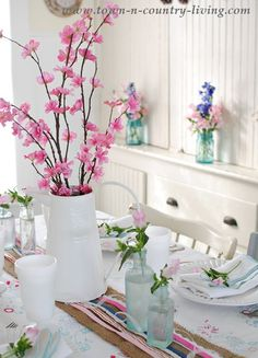 Spring decorating in a farmhouse dining nook