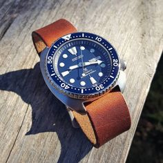 Sunny Friday with #Seiko #SRP773 on #DrunkArtStraps #horween English Tan Dublin…