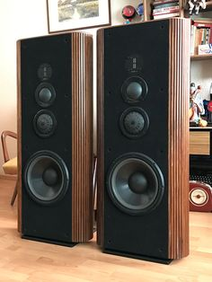 high end audio equipment for sale Pro Audio Speakers, High End Speakers, Tower Speakers, Audiophile Speakers, Sound Speaker, Hifi Stereo, High End Audio, Hifi Audio, Equipment For Sale