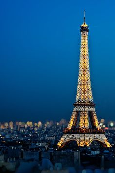 #paris twinkles...