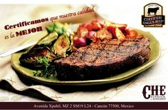 """Todos nuestros Cortes de Carne tienen la mejor calidad de Cancún. Y nuestro Parrillero, es """"Sencillito Y Carismatico"""" para cocinarlas."""