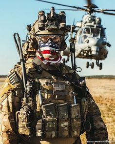 USASOC member during training with French CPA10 during Emerald Warrior 2018 Crédit : Malaury Buis/ @armeedelair Follow my squad : @french_tactical @french_operators @world_snipers @special.operations.forces @french.spf @blackwolf_actual @sofrecon ⚠️ #Us #UsAirForce #USAF #USASOC #UsSpecialForces #UsSOF #SOF #CryePrecision #EmeraldWarrior