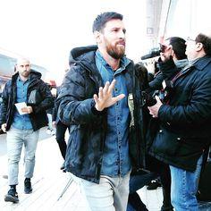 FC Barcelona @fcbarcelona:  @leomessi
