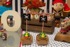 Festa linda com todos os detalhes preparados com muito carinho pelas mamães festeiras para comemorar os 3 anos do pirata Leonardo.   Venha ...