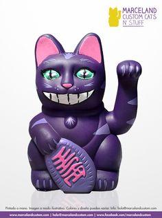 Cheshire Cat custom maneki neko by marceland.  www.marcelandcustom.com