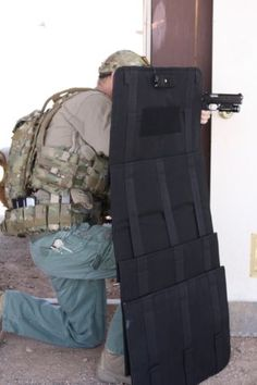 Ballistic-Shield-Rapid-Deployment-Shield-NEW-Level-IIIA-with-LIGHT