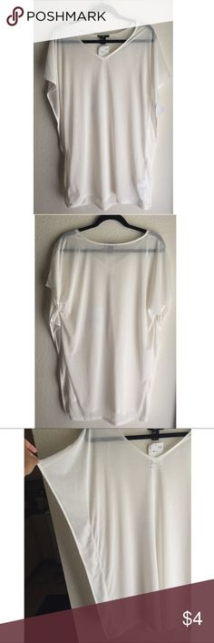 Blouse NWT | XS | color: off white/ cream | full length: 35"