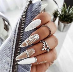 Glam Nails, Dope Nails, Classy Nails, Fancy Nails, Stylish Nails, Stiletto Nails, Glitter Nails, Beauty Nails, Gold Glitter