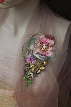Embroidered rococo brooch bold ornate brooch antique lace