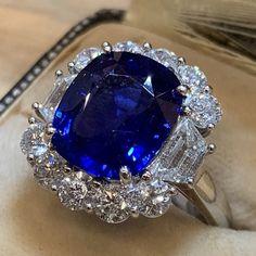 Sapphire Jewelry, Opal Earrings, Sapphire Gemstone, Sapphire Diamond Rings, Silver Earrings, Dream Engagement Rings, Halo Diamond Engagement Ring, Delicate Rings, Unique Rings