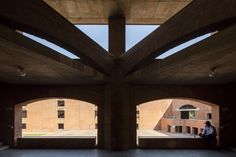 Gallery of Louis Kahn's Indian Institute of Management in Ahmedabad Photographed by Laurian Ghinitoiu - 22