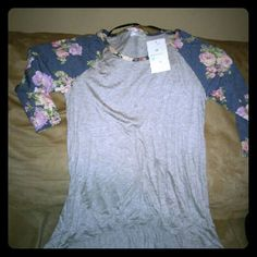 """""""Threads"""" Cute & flowy shirt Super cute and very stylish shirt to throw on with a Nice pair of jeans and ankle boots. threads Tops Blouses"""