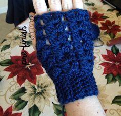 Crochet Fingerless Gloves Free Pattern, Crochet Vest Pattern, Fingerless Gloves Knitted, Crochet Patterns, Crochet Hats, Crochet Clothes, Crochet Ideas, Easy Crochet, Crochet Stitches