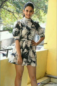 Indian Actress Photos, Bollywood Actress Hot Photos, Indian Bollywood Actress, Beautiful Bollywood Actress, South Indian Actress, Indian Actresses, South Actress, Stylish Girl Images, Stylish Girl Pic