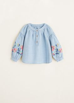 Discover the latest trends in Mango fashion, footwear and accessories. Shop the best outfits for this season at our online store. Fashion Kids, Baby Girl Fashion, Frocks For Girls, Little Girl Dresses, Girls Dresses, Baby Outfits, Kids Outfits, Baby Girl Tops, Baby Girls