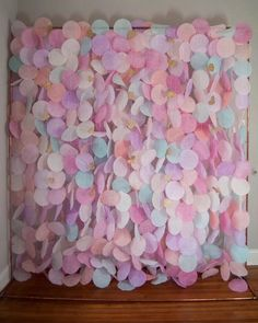 Tissue Paper Flowers Discover The Original Paper Circle Garland: Pastels Circle Garland, Heart Garland, Papier Diy, Paper Backdrop, Party Decoration, Paper Decorations, Wedding Decorations, Festa Party, Backdrop Stand