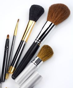 Every Type of Makeup Brush—Decoded
