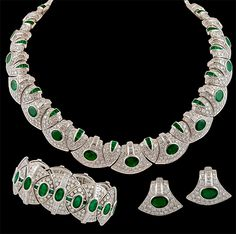 Bulgari Platinum Diamond & Emerald Parure Suite Necklace. Approx. 85cts. of diamonds and  50cts. of emerald.Italy Circa 1980s