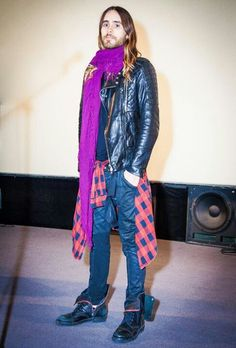 Those boots are make for walkin' and that scarf for making me doubt about my sexual orientation