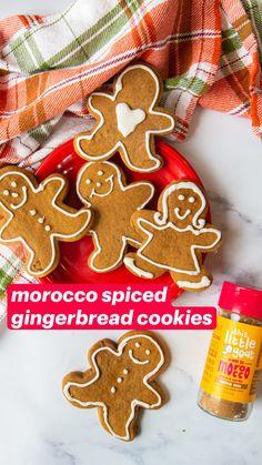 Christmas Goodies, Christmas Desserts, Christmas Baking, Holiday Cookies, Holiday Treats, Christmas Treats, Crinkle Cookies, Cut Out Cookies, Baking Recipes