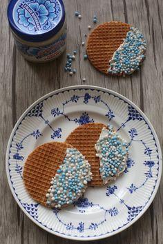 Originele Kraamtraktatie: Stroopwafels met muisjes - Taste our Joy!