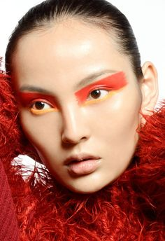 TWO Magazine - Issue #27 Make-up Alan Milroy
