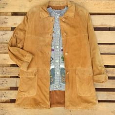 Maxi giacca scamosciata 45 euro, maxi cardigan misto lana 38 euro! #woodstockzambon  #shop  #vintage   #vicenza   #shopping   #online