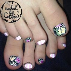 Toe nail art will attract much attention to your feet. Use these wonderful nail art ideas and your creativity to get the perfect result. Pretty Toe Nails, Cute Toe Nails, New Nail Art, Cool Nail Art, Feet Nail Design, Tropical Nail Art, Cute Pedicures, Feet Nails, Toenails