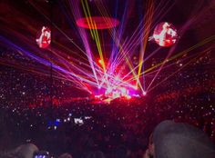 Coldplay 2016 A Head Full of Dreams Stage design