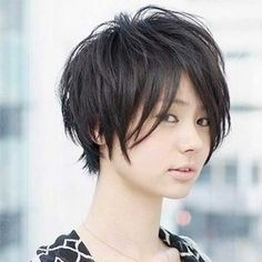 Short Haircuts for Asian Round Faces