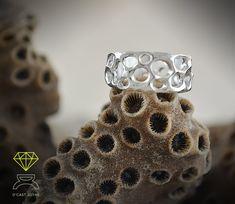 Coral bone Ring,Sterling Silver Coral Ring de Dcastjoyas en Etsy