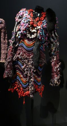 Vivienne Westwood - Storm in a Teacup collection 1996 by Museums Sheffield, via… Vivienne Westwood, Freeform Crochet, Knit Crochet, Storm In A Teacup, Cycle Chic, Weaving Textiles, Knitwear Fashion, Couture Details, Crochet Fashion