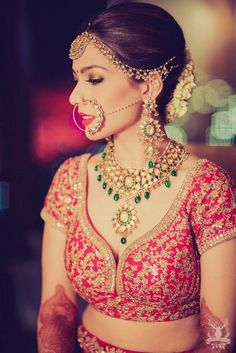 Real Indian Weddings - Arushi and Dhruv WedMeGood Polki and Emerald Wedding Jewelry with a Gold and Pearl Matha Patti and a Pearl and Polki Nath Red Blouse with Antique Gold Emroidery Picture Courtesy morviimages Bridal Looks, Bridal Style, Indian Wedding Jewelry, Indian Weddings, Real Weddings, Indian Jewelry, Bridal Lehenga, Red Lehenga, Indian Lehenga